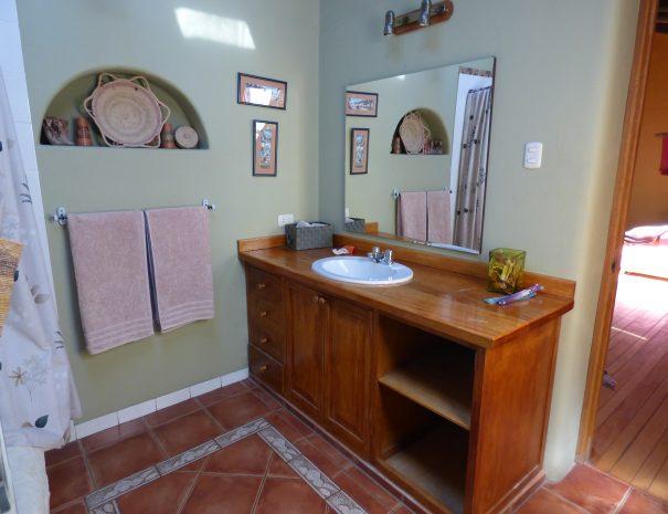 Bathroom Towel Mirror Spout