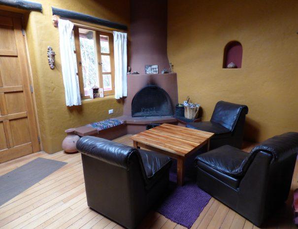 Living room Sofa Table Chimney