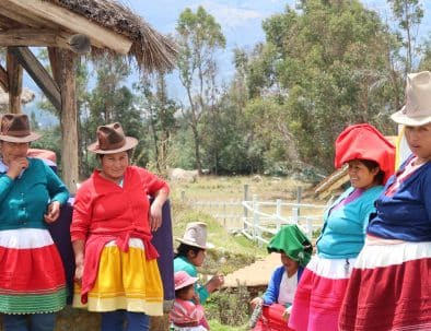 Knitting Ladies Huaraz Peru