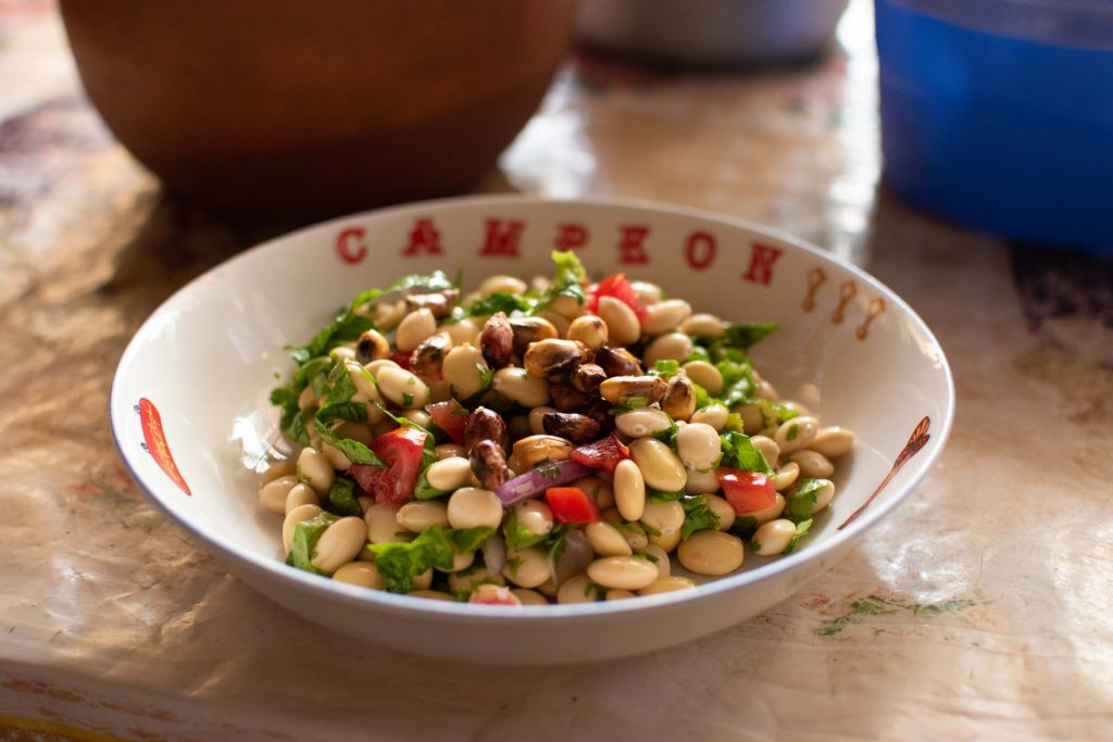 Ceviche de Chocho ready to eat with toasted corn
